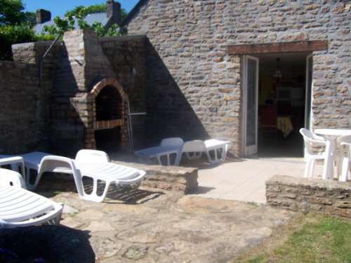 Gite in Saint-yvi for rent for  8 people - rental ad #26497
