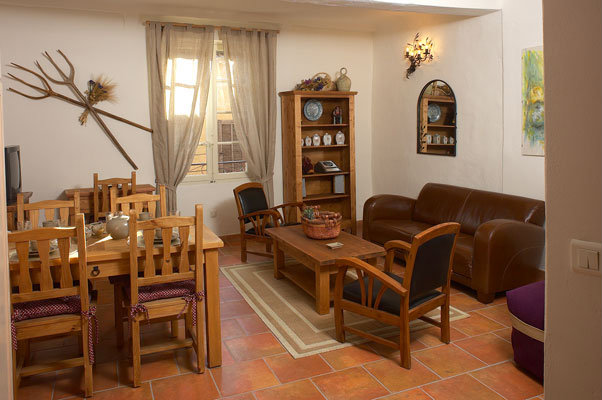 Appartement à Correns - Location vacances, location saisonnière n°26878 Photo n°1 thumbnail