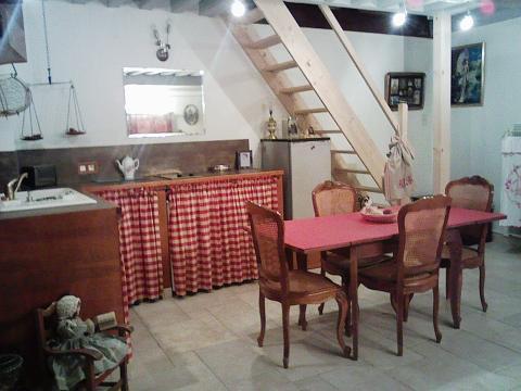 maison dijon louer pour 5 personnes location n 27396. Black Bedroom Furniture Sets. Home Design Ideas