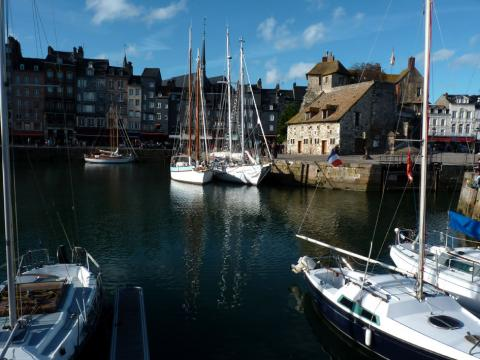 House in Honfleur - Vacation, holiday rental ad # 27513 Picture #5