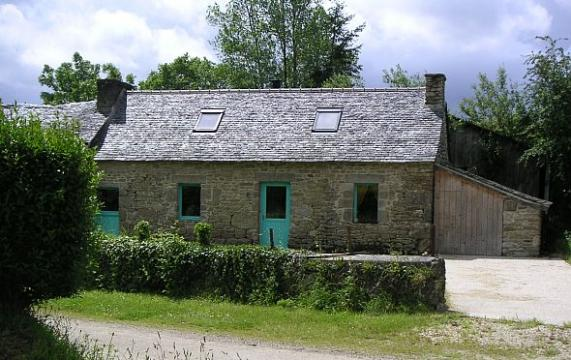 Gite in Le cloitre saint thegonnec for   5 •   animals accepted (dog, pet...)