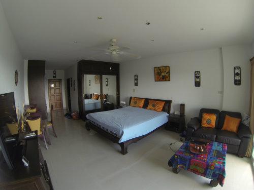 Studio à Pattaya pour  2 •   vue sur mer