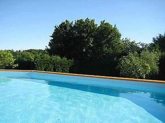 Gite à Pouilloux pour  6 •   avec terrasse