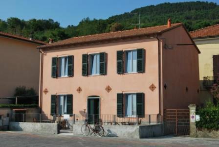 Maison Ameglia - 16 personnes - location vacances  n°28086