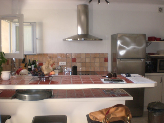Flat in Uzes - Vacation, holiday rental ad # 28182 Picture #3