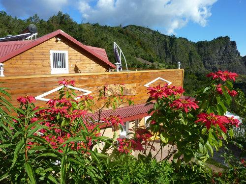 Chalet à Cilaos pour  26 •   5 chambres