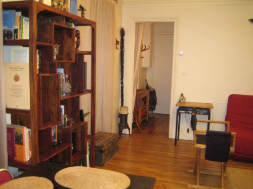 Flat in Paris - Vacation, holiday rental ad # 28491 Picture #2