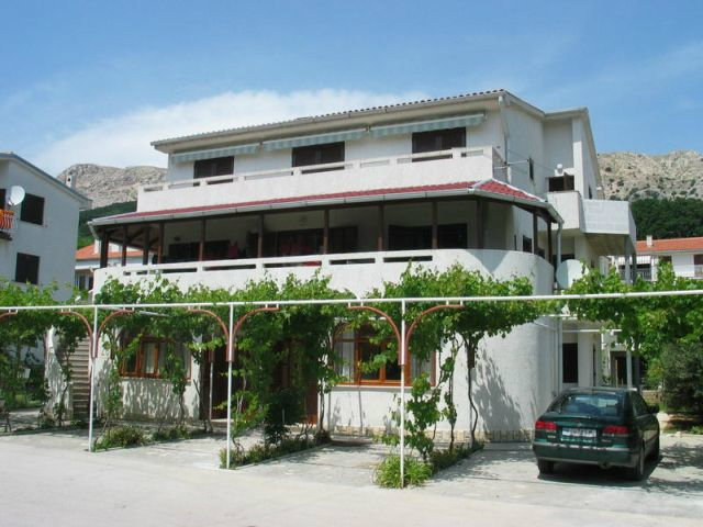 Maison à Baška pour  2 •   avec terrasse   n°28760