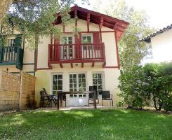 House in Moliets for   4 •   with shared pool