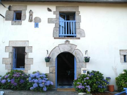 Gite à Guillac pour  6 •   avec terrasse