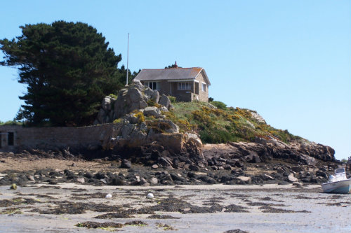 House in Bréhat for   3 •   view on sea
