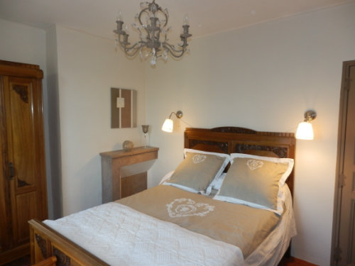 Bed and Breakfast Sainte-tulle - 3 people - holiday home  #29668