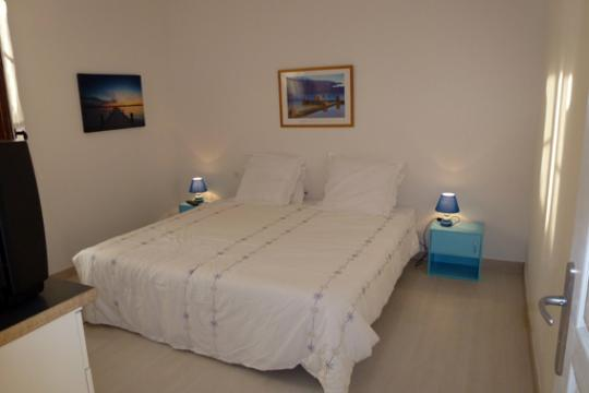 Flat in Ajaccio - Vacation, holiday rental ad # 30034 Picture #4 thumbnail