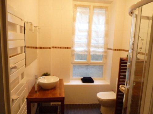 appartement vichy louer pour 4 personnes location n 30314. Black Bedroom Furniture Sets. Home Design Ideas