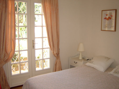House in Golfe Juan - Vacation, holiday rental ad # 30516 Picture #4