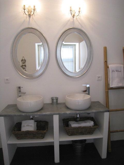 Chambre d'hôtes à Poitiers pour  4 •   avec piscine partagée   n°30579