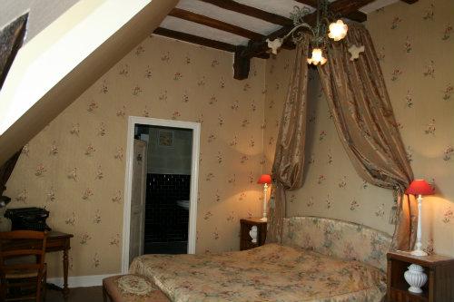 Château 2 personnes Blaison Gohier Roses - location vacances  n°30598