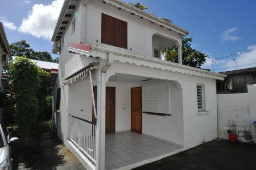 Maison à St anne pour  5 •   parking privé