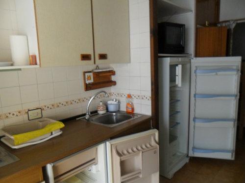 Appartement empuriabrava louer pour 4 personnes for Salon nautique empuriabrava