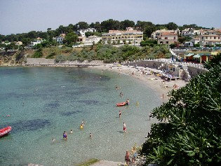 House in Sanary-sur-Mer - Vacation, holiday rental ad # 31200 Picture #2