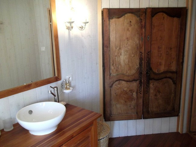 Bed and Breakfast in Sainte Soulle - Vacation, holiday rental ad # 32111 Picture #4