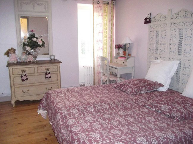 Bed and Breakfast in Sainte Soulle - Vacation, holiday rental ad # 32111 Picture #6