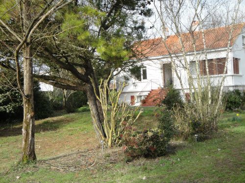 Bed and Breakfast Notre Dame De Monts - 8 personen - Vakantiewoning  no 32331