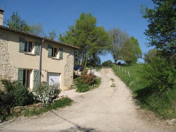 Maison à Cérizols pour  9 •   avec terrasse