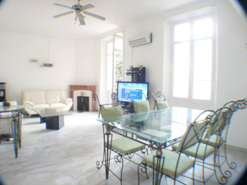 Flat in CANNES - Vacation, holiday rental ad # 32737 Picture #4