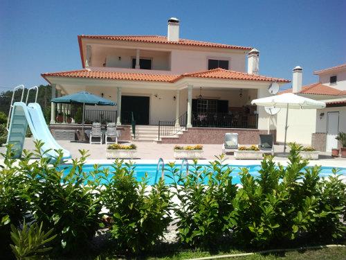 Maison à Porto longo/monte redondo pour  4 •   avec piscine privée   n°32996