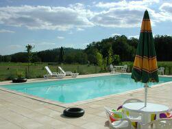 Gite in Sainte mondane für  6 •   mit Schwimmbad auf Komplex  N°33450
