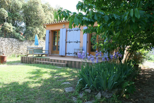 Studio Nîmes - 2 people - holiday home  #33458