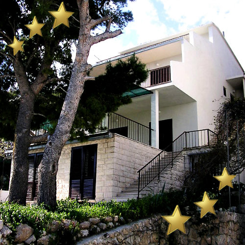 House in Mimice for   18 •   3 stars