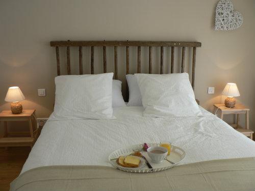 Gite à Beaurepaire pour  4 •   avec terrasse   n°33556