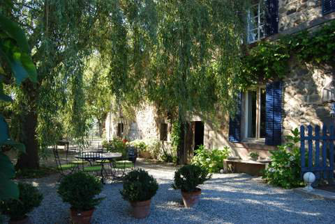 Bed and Breakfast in Blot l'eglise voor  10 •   tuin