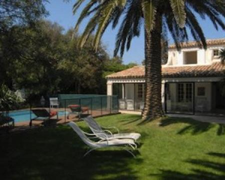 Maison à Ramatuelle pour  8 •   avec piscine privée   n°33945