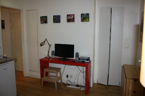 Flat in paris - Vacation, holiday rental ad # 34256 Picture #3