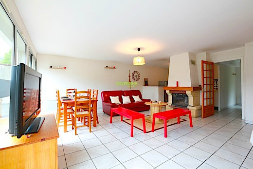 Flat in Chambon sur Lac - Vacation, holiday rental ad # 34312 Picture #5