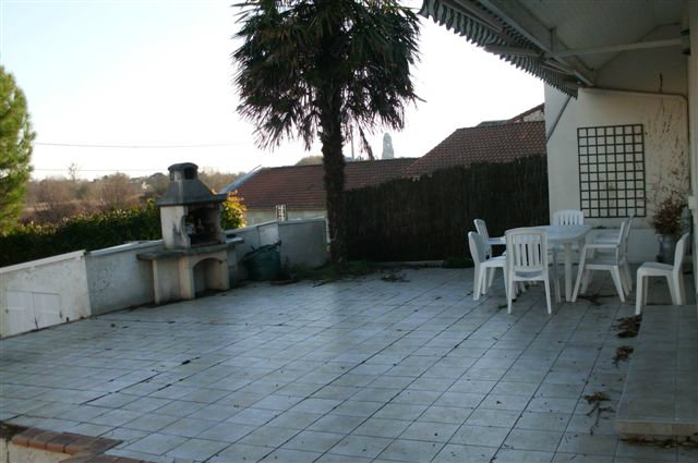 House in Saintes - Vacation, holiday rental ad # 34352 Picture #2