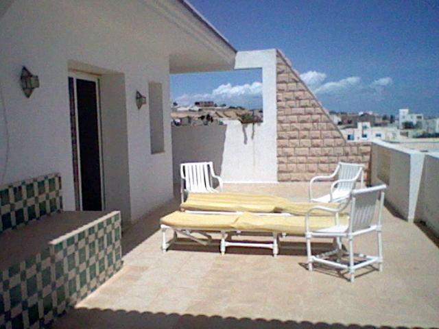 Maison à Zarzis pour  3 •   avec terrasse   n°34354