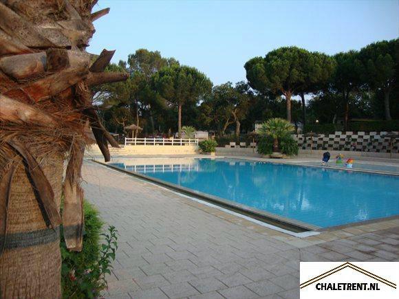 Mobil-home 5 personnes Roquebrune - location vacances  n°34413
