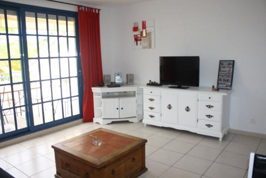 Flat in Baie Nettlé - Vacation, holiday rental ad # 34622 Picture #3