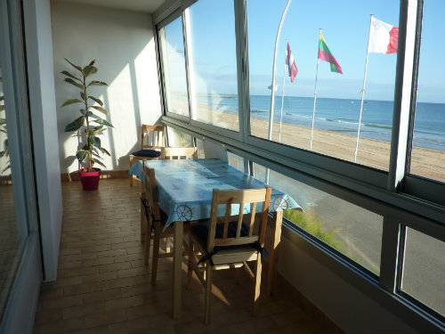 Flat in Courseulles sur mer - Vacation, holiday rental ad # 34728 Picture #0