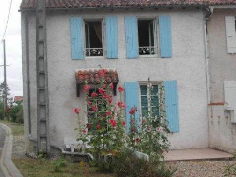 Gite in Balanzac - Vacation, holiday rental ad # 34862 Picture #0