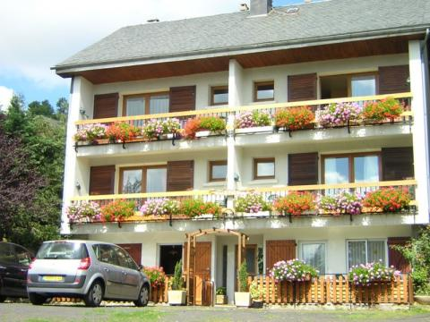 Gite in Besse saint anastaise chandesse - Vacation, holiday rental ad # 34866 Picture #0