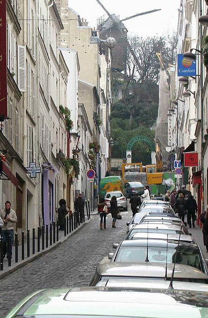 Studio à Paris pour  2 •   1 salle de bains