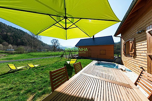 Chalet in Chambon sur Lac - Vacation, holiday rental ad # 34902 Picture #4