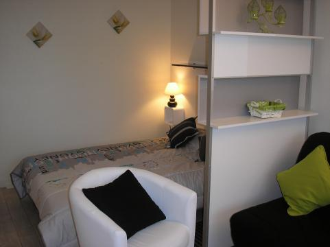 Flat in La rochelle - Vacation, holiday rental ad # 35014 Picture #2