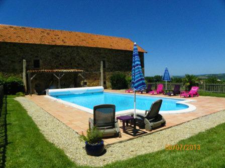 Gite in Laparrouquial für  7 •   mit Schwimmbad auf Komplex