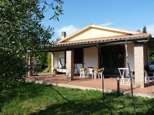 Huis Cecina - 4 personen - Vakantiewoning  no 35114